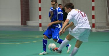 5 players in a futsal team
